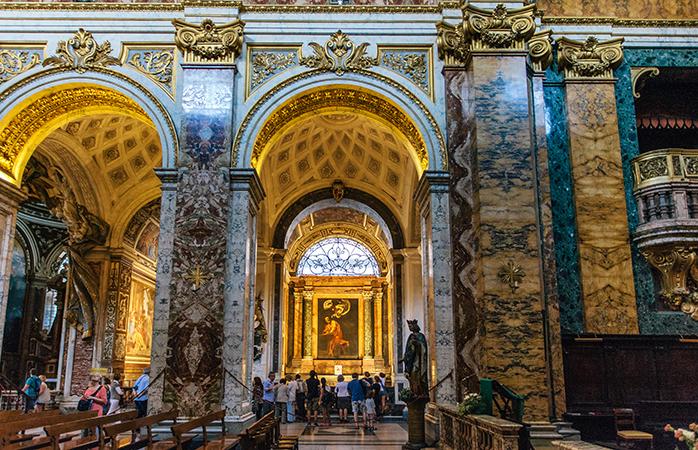 2---San-Luigi-dei-Francesi-5-chiese-più-belle-di Roma