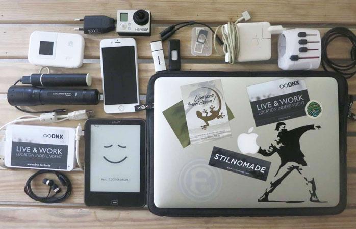 L'inventario da nomade digitale di Marcus.