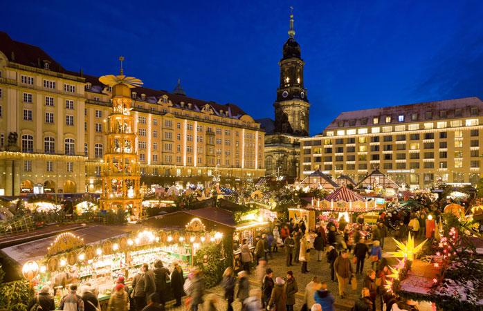 Lo Striezelmarkt di Dresda è il mercatino di Natale più antico della Germania