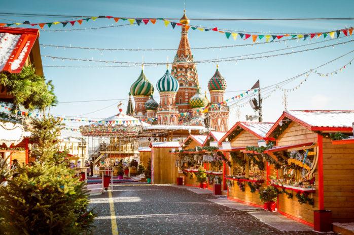 Il mercatino di Natale sulla Piazza Rossa di Mosca è un'esperienza da non perdere