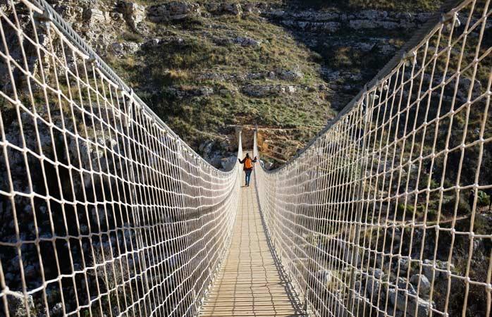 Matera, ponte tibetano