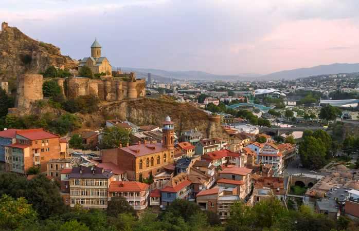 Il castello di Narikala e la vista su Tbilisi, in Georgia