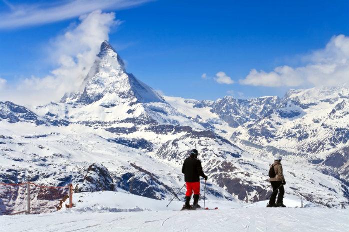 Amanti dello sci, siete avvisati: a Zermatt avrete neve anche ad aprile (anche il sole assicurato).